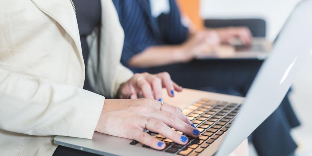 Image from Burst https://burst.shopify.com/photos/women-working-in-tech